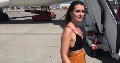 «Σκεπάσου ή κατέβα από το αεροπλάνο» (Photos)