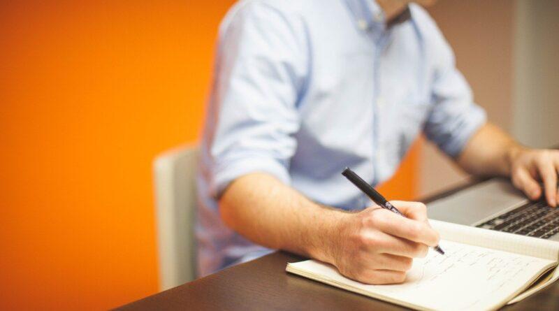 Τι είναι content writing και τι copywriting